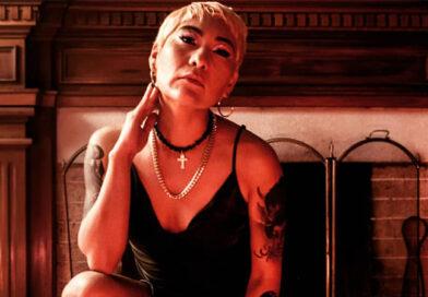 ALMA PAZ; Cantante, compositora y productora de sus canciones.